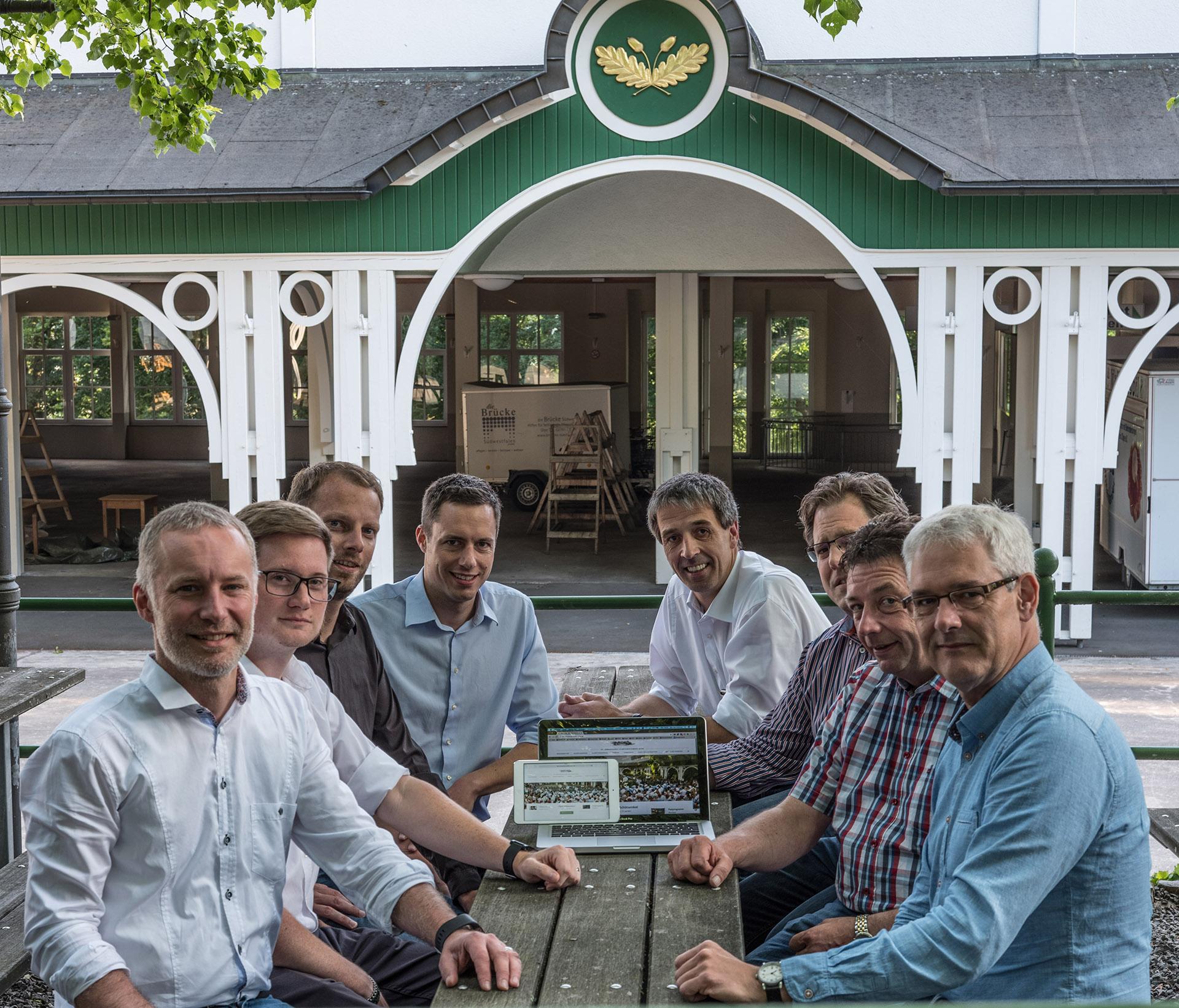 Lt. Simon Niklas, Kai Themanns, Jan-Ole Potinius, Lukas Wrede, Oberleutnant Peter Kliche, Hauptmann Holger Harnischmacher, Major Peter Liese, Markus Arens