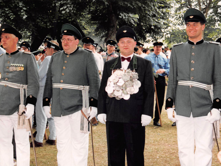 olper-schuetzenkoenig-1995-christoph-luetticke-06