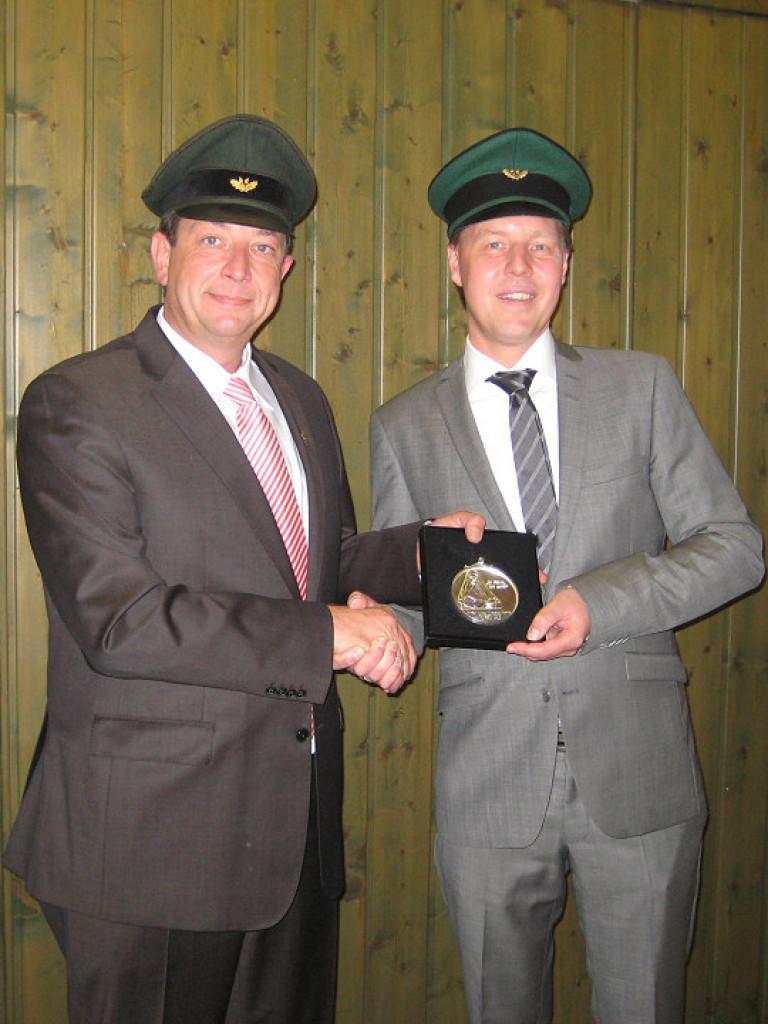 Ordensübergabe 2014 - Major Peter Liese & Schützenkönig Dr. Christian Kuckertz