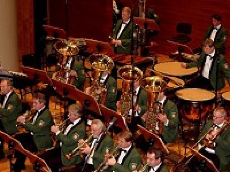 schuetzenverein-olpe-musikverpflichtung-schuetzenvall-2004-1