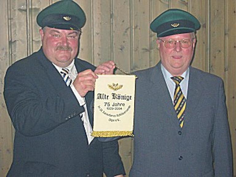 Ordensübergabe 2004