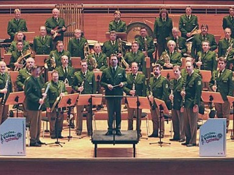 schuetzenverein-olpe-musikverpflichtung-schuetzenvall-2004-4