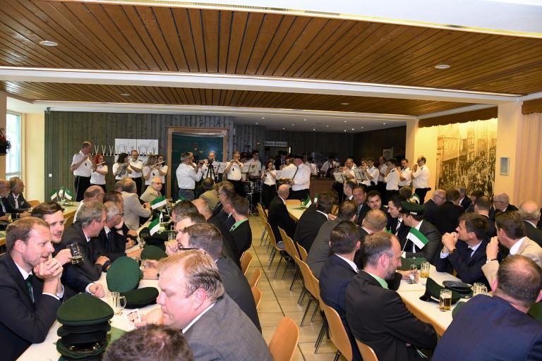 02-schuetzenverein-olpe-ordensübergabe-2017-stephan-neuhaus